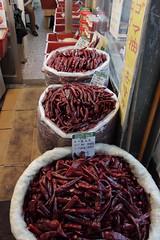 IMG_6777_RAW (jeremy!) Tags: seoul korea southkorea dongdaemun canoneosrebelt1i canon1740mm dongdaemunnightmarket