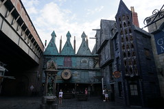 "Universal Studios, Florida: Diagon Alley • <a style=""font-size:0.8em;"" href=""http://www.flickr.com/photos/28558260@N04/34579366142/"" target=""_blank"">View on Flickr</a>"