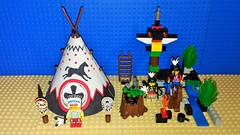 Indian 6746 Chief's Tepee (Mana Montana) Tags: lego western wildwest classic indian 6746 chiefstepee teepee chief totempole nativeamerican snake desert