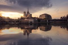 Bridge to bridge, Notre Dame (sgsierra) Tags: notre dame cathedral bridge puente catedral sena río river paris francia phototravel sunset atardecer
