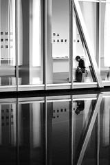 The break time (pascalcolin1) Tags: paris femme woman musée museum reflets reflection photoderue streetview urbanarte noiretblanc blackandwhite pause break photopascalcolin eau water fondationvuitton