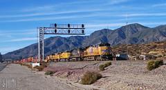 2014-11-23 San Bernardino CA UP5976 AC4400CW (maximaguy97) Tags: train railroad locomotive ge generalelectric ac4400cw up unionpacific up5976 sanbernardino california cajon cajonpass