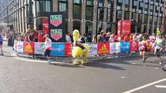 London Marathon 2017 Emu (sarflondondunc) Tags: londonmarathon westminsterbridge westminster london 2017 emu
