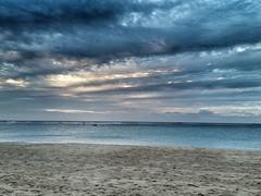 Ala Moana Beach Park (kuuzo) Tags: honolulu hawaii beach alamoanabeachpark