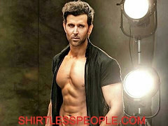 Hrithik Roshan shirtless amazing body Post Just because we could never get enough of him- 3 Pics (SHIRTLESS PEOPLE) Tags: shirtless people hunks hot guys men homme maenner homens hombre