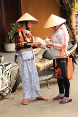 thedoctor44 (christophe.lebreton44) Tags: voyage vacances vietnam femme ville couleurs