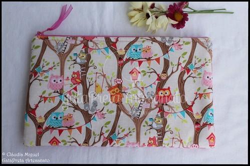 """Bolsas para tablet e para carregadores """"Piu-piu Passarinho"""" e """"Tree Party"""""""