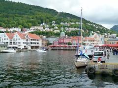 Bryggen Bergen Norway (roli_b) Tags: bryggen bergen norway norwegen norge scandinavia skandinavien 2012 cruise kreuzfahrt ship port puerto harbor harbour water waterfront hafen tourism turismo travel cruising viajar