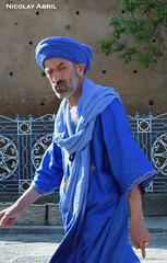 Man walking in Chefchaouen (Nicolay Abril) Tags: marruecos marocco morocco maroc marokko maghreb magreb africa afrika afrique chauen xauen chefchauen tétouan tetuán province شفشاو الشاون تطوان المغرب أفريقيا العربي