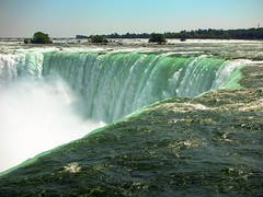 Niagara Falls 14 (Seán Creamer) Tags: niagara waterfall maidofthemist skylon falls horseshoefalls americanfalls