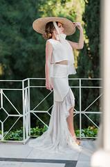 Elegant woman (josejuanpantoja) Tags: pretty girl woman femenine elegance bride hat portrait beauty fashion moda bella guapa chica mujer naturallight d700 nikon