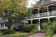 Houston - In a Row (Drriss & Marrionn) Tags: 2016houstonweekend houston houstontx texas usa outdoor street streetviews streetscene streetlife building buildings architecture house frontporch