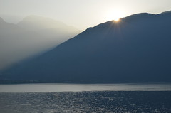 Sunrise on the lake (dfromonteil) Tags: lake lac lakecomo lacdecôme sunrise soleil sun lever mountain montagne eau water landscape paysage nature light lumière