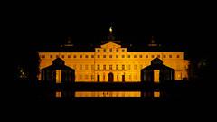 Rastatt - Schloss (MR@tter) Tags: badenwürttemberg deutschland nachtaufnahme rastatt de sonydscrx100 nightshot building architecture gebäude geotagged explore