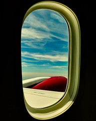 A window into dreamland from a #dreamliner at 36,000 ft. #boeing #boeing787 #avgeek #aviation #airplanes