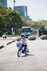 2017-04-30-10h23m47-1 (LittleBunny Chiu) Tags: 皇居外苑 腳踏車 騎腳踏車 日本 東京 日本旅行 去日本旅行 東京台場 台場 人工沙灘 御台場海濱公園