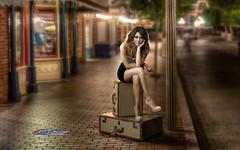Carlos Atelier2 - Viagem (Carlos Atelier2) Tags: carlos atelier2 mulher mala viagem noite espera