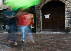 01052016-DSC_0405 (bea_br) Tags: bergamo italy cittàalta uppercity rain shadows fluidity movement