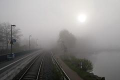 P1170255 (Lumixfan68) Tags: morgenstimmung morgennebel nebel plön bahnhof