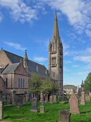 Free North Church (jrw080578) Tags: trees church buildings cemetary scotland inverness highlands