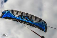 Flysurfer (Grille1991) Tags: dänemark flysurfer kite pentax pentaxart pentaxk3 rømø adobe adobelightroom blau clouds colour himmel insel island lightroom nordsee northsea outdoor sky twop wolken