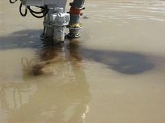 pumping bitumen 009