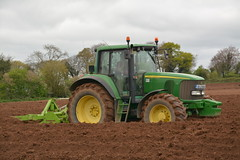 John Deere 6920 Tractor with a Dowdeswell Bed Tiller (Shane Casey CK25) Tags: john deere 6920 tractor dowdeswell bed tiller jd green glanworth plant planting drill drilling tillage traktori tracteur traktor trekker trator till tilling ground grow growing rootcrop root crop county cork irish ireland farm farmer farming field agri agriculture working work land pulling pull horse hp power d7100 nikon machinery machine earth soil crops ciągnik