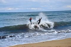 Une danse sportive ! (LefebvreK53) Tags: plage mer sable skim skimboard sport aquatique danse