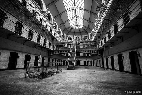 "Kilmainham Gaol [Explore] • <a style=""font-size:0.8em;"" href=""http://www.flickr.com/photos/29952986@N05/33426261324/"" target=""_blank"">View on Flickr</a>"