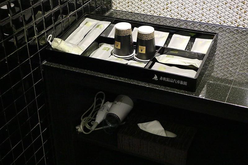 宜蘭民宿 飛机精品汽車旅館021
