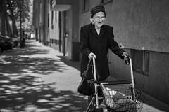 Ludwigshafen StreetFrau mit Rollator im Hemshof b&w (rainerneumann831) Tags: frau ludwigshafen bw blackwhite rollator hemshof street streetscene ©rainerneumann portrait