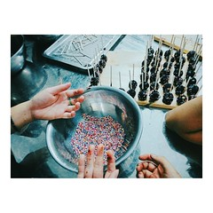 Cake Pop 🌈 (tramambi) Tags: photo picture image phone camera me friend cook cakepop sweet color like love fun candy lotte work team vietnam hanoi girl boy chocolate rainbow happy