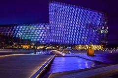 Reykjavik: Harpa concert hall (powerfocusfotografie) Tags: reykjavik harpa concerthall nightshot iceland architecture geometry steel glass purple henk nikond90 powerfocusfotografie