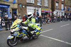 Tour De Yorkshire Stage 2 (520) (rs1979) Tags: tourdeyorkshire yorkshire cyclerace cycling policemotorbike policemotorbikes tourdeyorkshire2017 tourdeyorkshire2017stage2 stage2 knaresborough harrogate nidderdale niddgorge northyorkshire highstreet