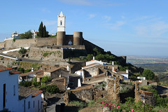 Monsaraz (hans pohl) Tags: portugal alentejo monsaraz cities villages houses maisons landscapes paysages