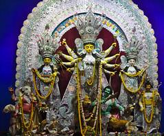 (Debarshi Ray) Tags: india westbengal kolkata calcutta autumn canon canoneos70d tamron tamronaf18270mmf3563 durgapuja hinduism sarbojonin yellow white garland idol