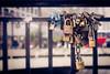 Auto Conhecimento (Ederson Gomes) Tags: conhecimento abstrato livre metrópole abstract city sentimentos cidade libertação saopauto autoconhecimento cadeados lockers chains art arte paulista freedon setyoufree liberdade liberte mind knowledge canon t2i