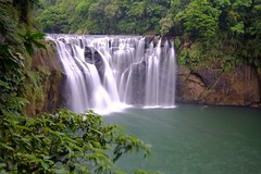 Waterfall 十分瀑布 (linwujin) Tags: waterfall taiwan taipei fujifilm xt1 xf1024 tree landscape lake