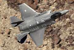 LIGHTNING (Dafydd RJ Phillips) Tags: f35 lightning level low valley death canyon rainbow transition jedi wars star dutch california aviation jet fighter