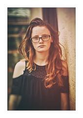 margaux portrait (kougnoff) Tags: fujifilm xt1 mamiya 80mmf19 portrait couleurs baguedadaptation