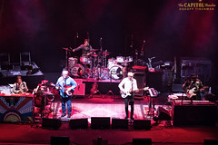 050617_FabFaux_33w (capitoltheatre) Tags: thecapitoltheatre capitoltheatre thecap fabfaux housephotographer thefabfaux thebeatles beatles portchester ny newyork livemusic stage lights red sing