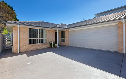 2/62 Kingston St, Oak Flats NSW