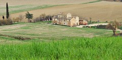 Sulla Via Francigena in Toscana (Jambo Jambo) Tags: panorama landscape colline hills italia italy jambojambo buonconvento siena toscana tuscany campagna countryside collinesenesi fattoria farm sonydscrx100
