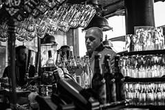 red or white? (desmokurt1) Tags: norwegen norway hurtigruten kreuzfahrt cruise nordmeer atlantik postschiff bergen wasser water fisch fish sturm storm scandinavia skandinavien kurtessler fuji fujixt1 xpro2 sea meer bier wein vine beer bar restaurant sushi