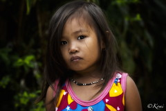 PORT BARTON, Philippines (Komi07) Tags: enfants children population people poor street canon 5d 135mm philippines port barton world portrait portraiture trip travel voyage asia asie