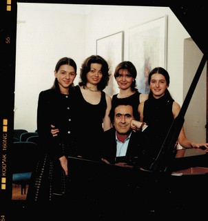 Michel Sogny entouré de ses élèves Villa Schindler Autriche