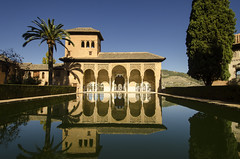 Palacio del Partal II (rschnaible) Tags: alhambra granada spain espana europe sightseeing tour tourist history historic old palacio del partal water refelction building architecture