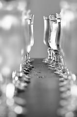 Drink (Sohmi ︎) Tags: verres glass monochrome noiretblanc camaieu gouttes drops bubbles macro closeup tamronsp90mm nikond810 ©sohmi drink france french wwwsohmifr