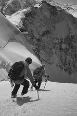Oberland Trilogy: Photo 12 (Àlex MF) Tags: leica monochrome monocromo m mountain montaña montañismo alpinismo alpinism alpes suissa suisse suiza switzerland schweiz byn bw blancoynegro blackandwhite bnw