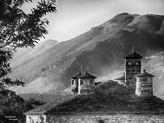 Its kale (Vasdokas) Tags: vasdokas greece ioannina epirus bw blackandwhite monochrome